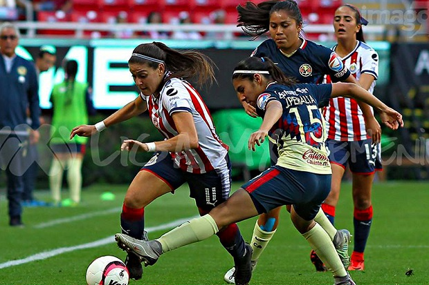The 10 Best Female Football Players In The World